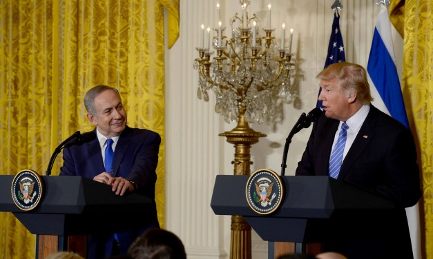 "Netanyahu praises Trump for his ""courageous decision"" on Iran deal"