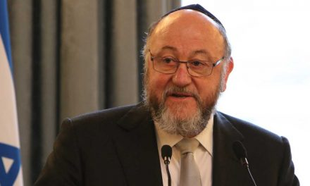 "UK Chief Rabbi says Labour sending ""unprecedented message of contempt"" to Jewish community"