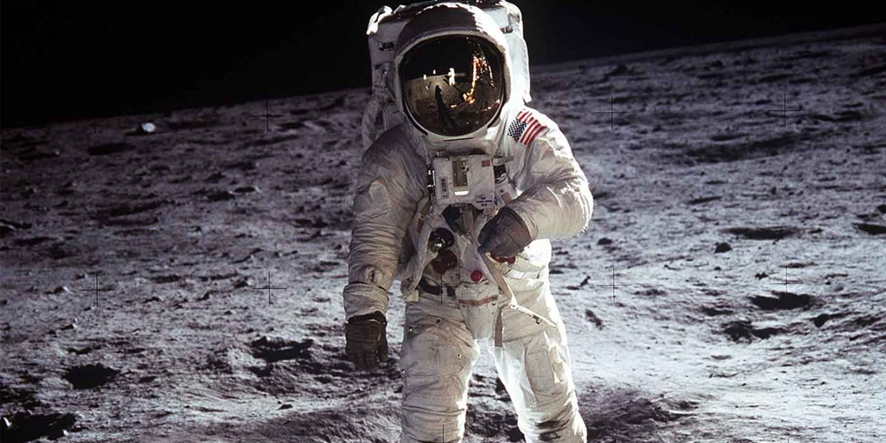 "NASA and Buzz Aldrin praise Israel's ""inspiring"" moon landing attempt: ""Never lose hope"""
