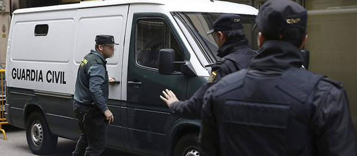 Spain: Barcelona police arrest Islamists planning to bomb Jewish targets