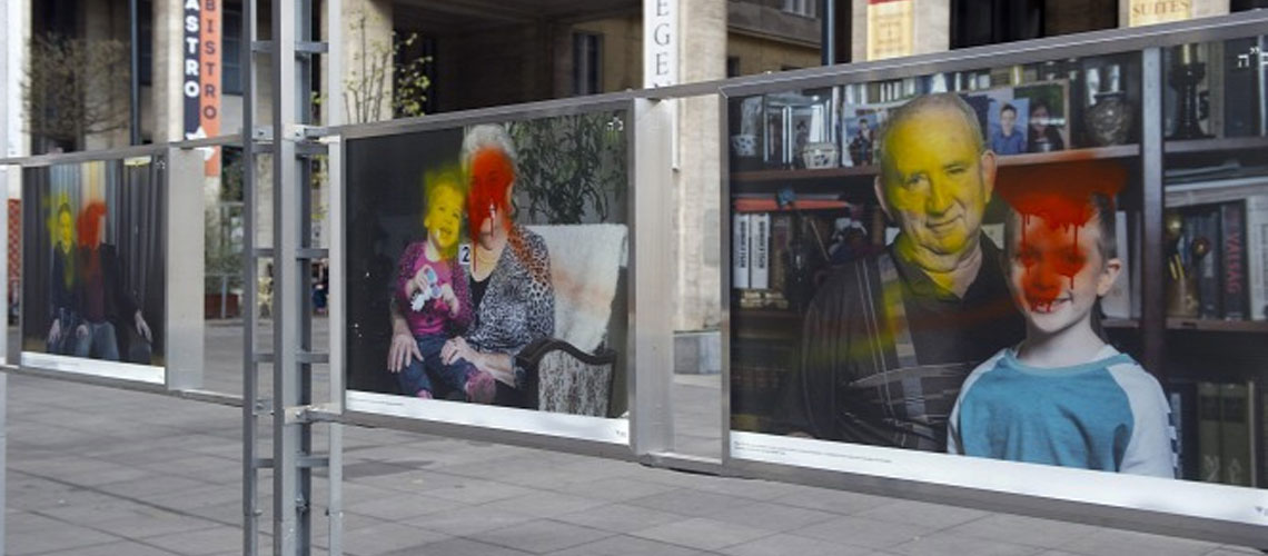 Hungary: Holocaust exhibition vandalised in central Budapest