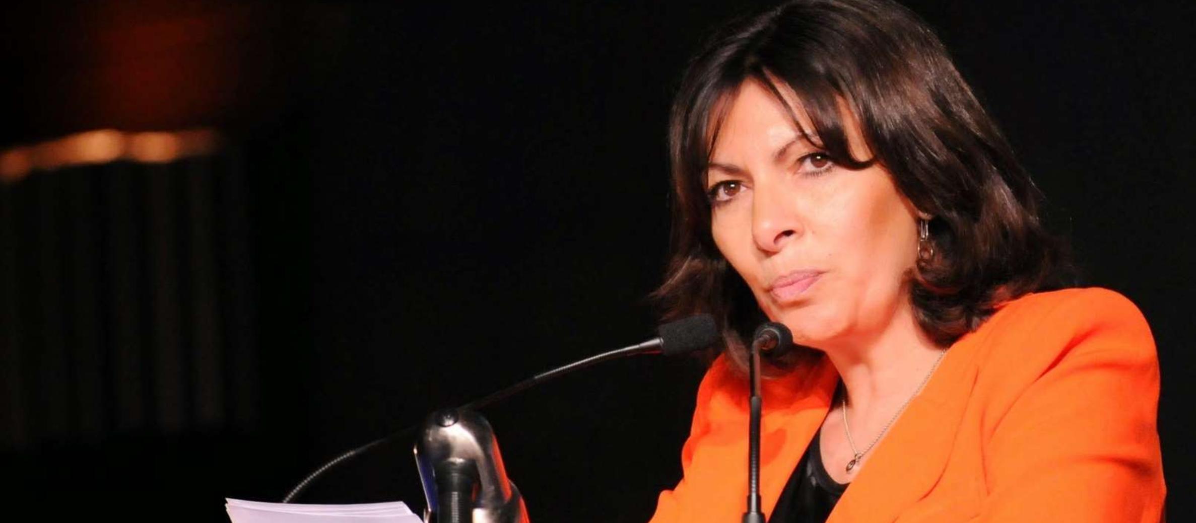 Paris mayor leads by example in global anti-Semitism initiative