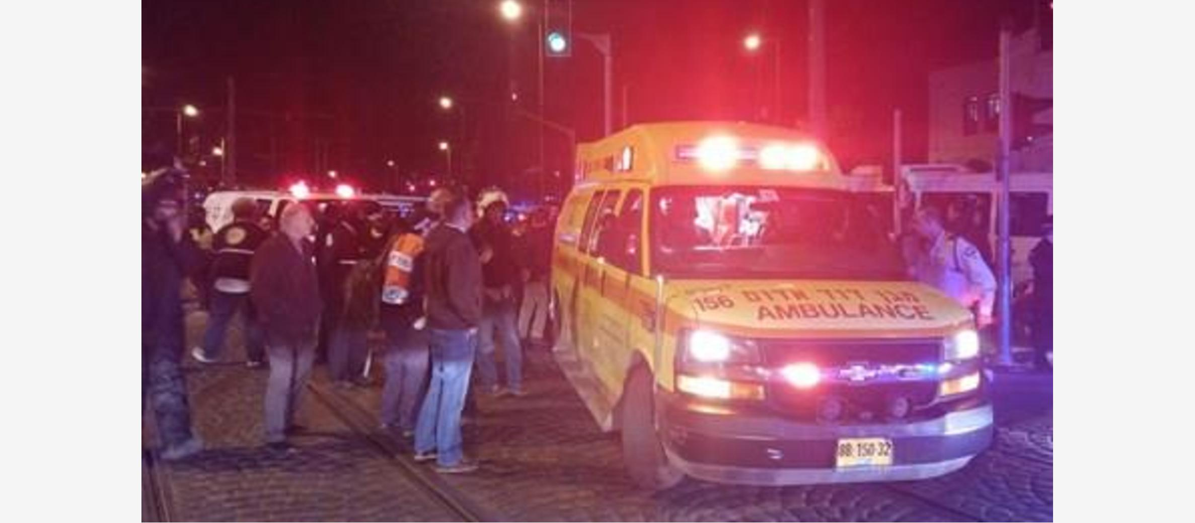 Shots at car ends in a miracle; Israeli soldiers attacked in Hebron and Jerusalem