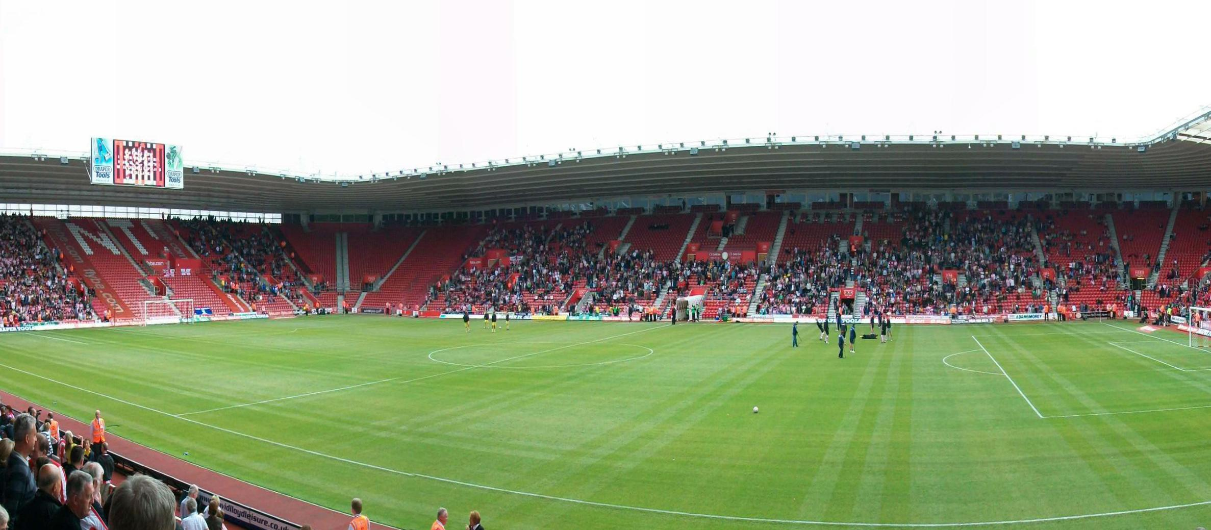 UK: Southampton football fans banned for anti-Semitic abuse