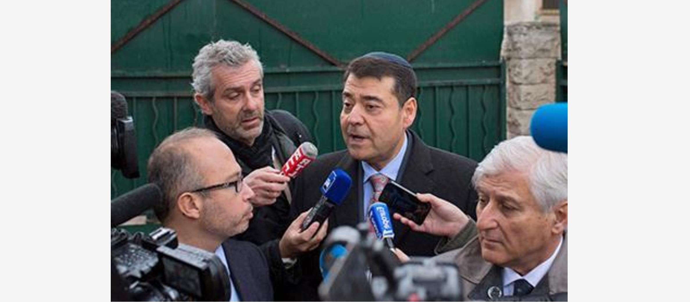 Head of Marseille Jews urges them not to wear kippa after attack