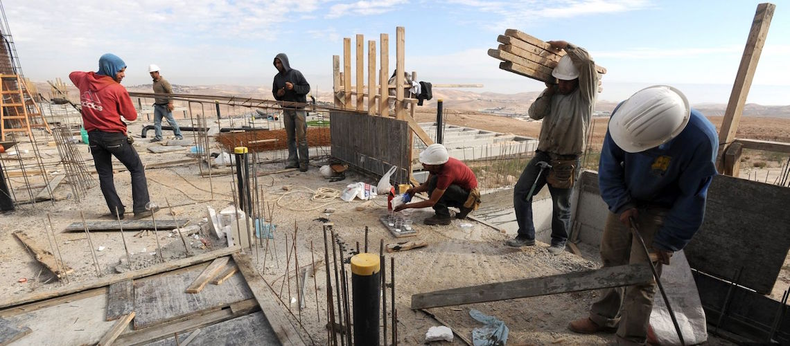 Israel to allow 54% more Palestinians to work in Israel