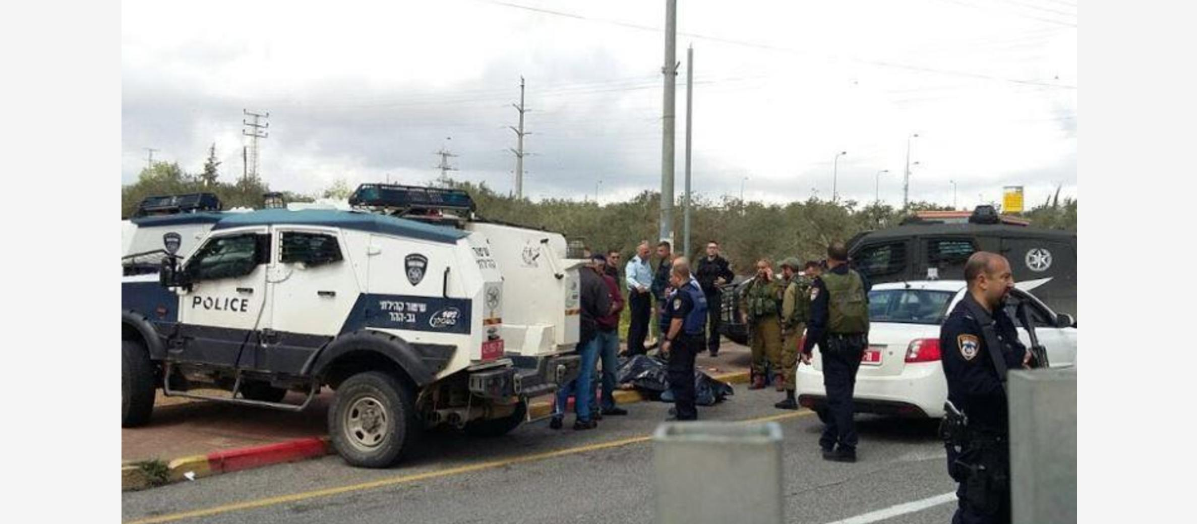 Soldier stabbed in terror attack near Ariel, two terrorists shot dead