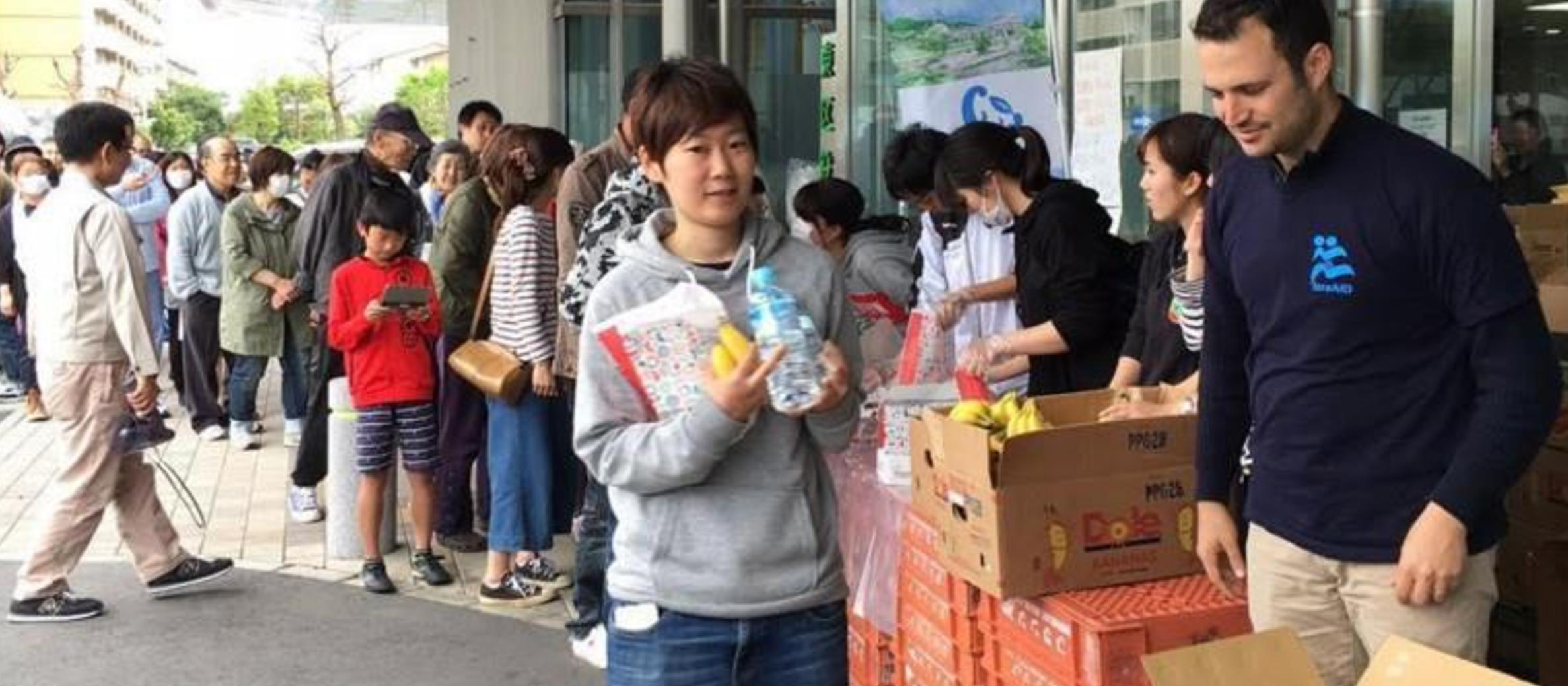 Israeli aid teams helping in Japan and Ecuador
