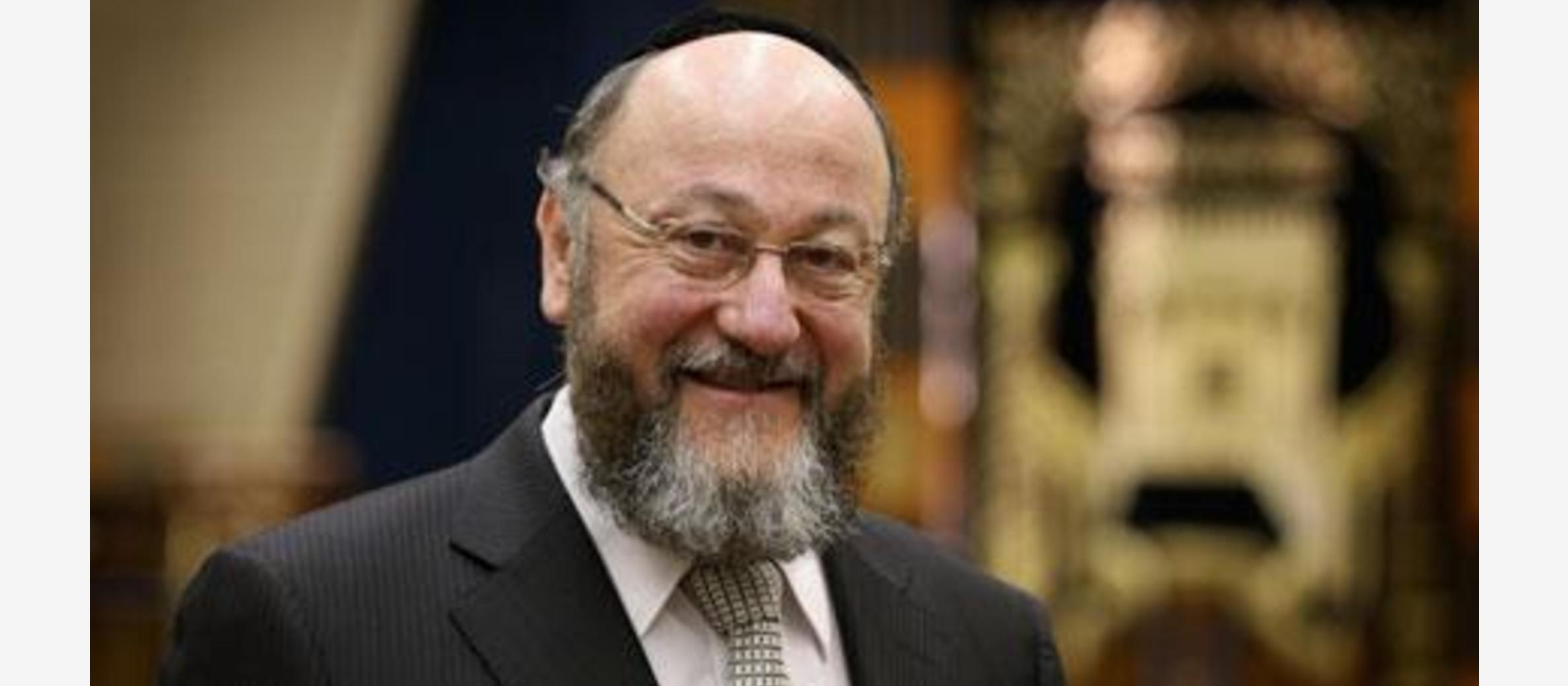 Chief Rabbi issues prayer for Royal Family to mark Queen's 90th Birthday