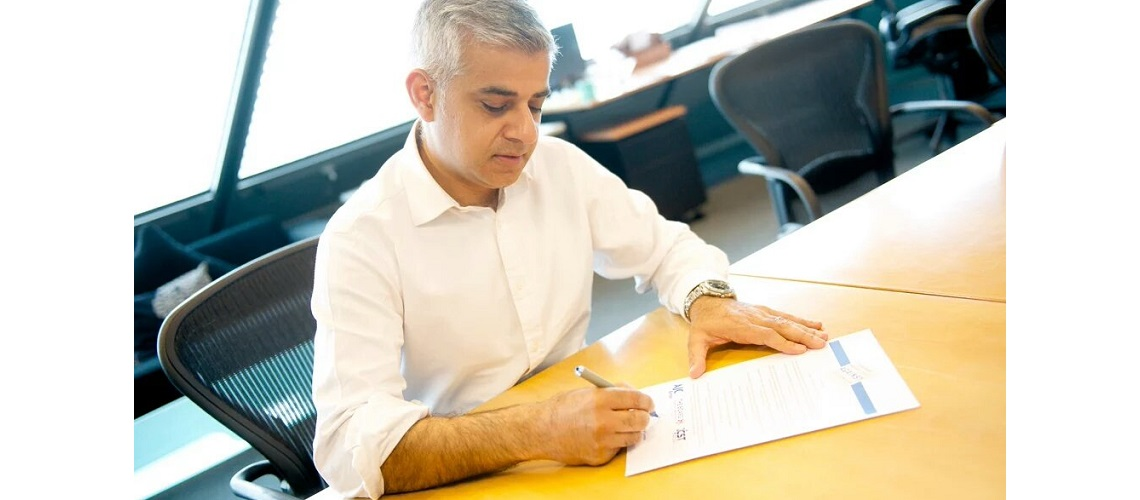 Sadiq Khan signs 'Mayors United Against Antisemitism' pledge