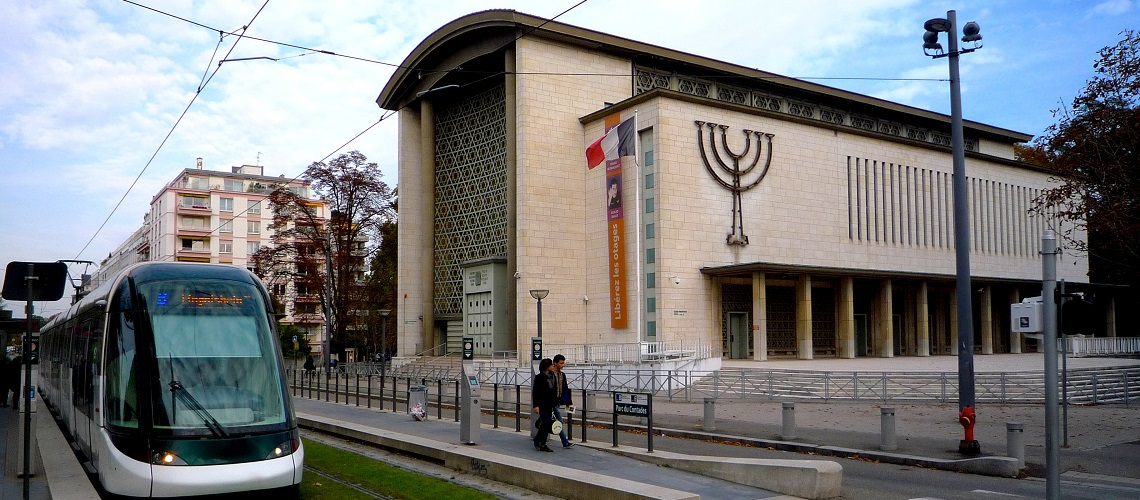 France: Elderly Jewish man attacked near synagogue
