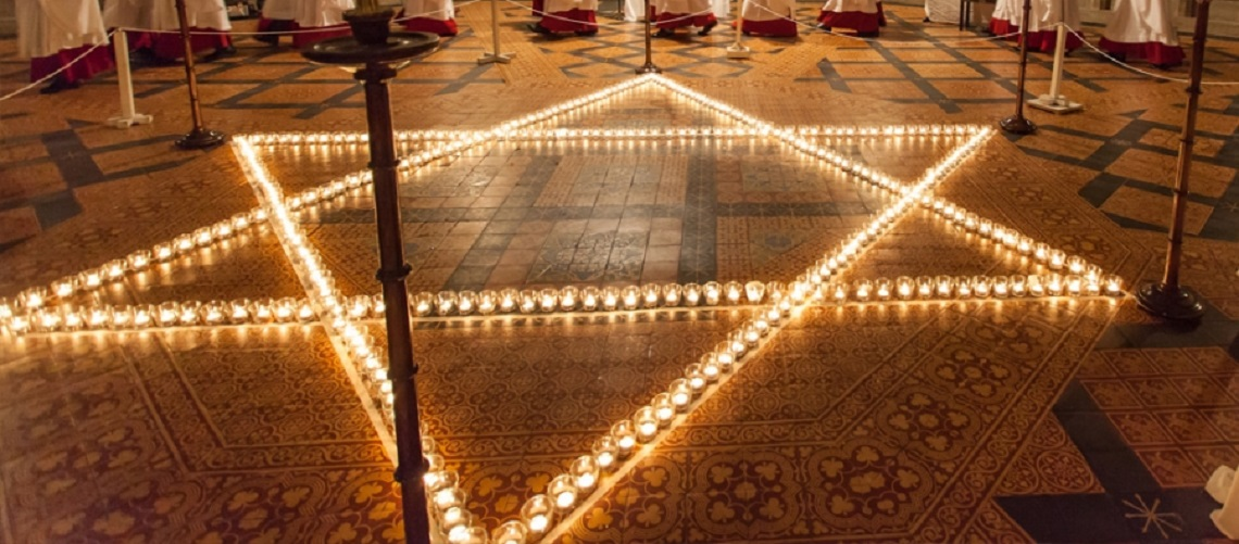 Star of David lit for Holocaust commemoration in York Minster amid warnings of same anti-Semitic tensions today