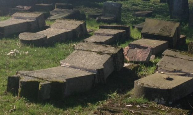 France: Forty tombstones vandalised at Jewish cemetery