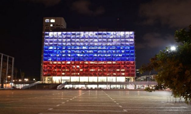 Israel one of few to light monument in Russian colours after metro bombing
