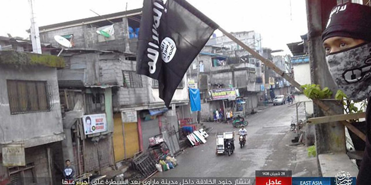 "Philippines: Hundreds-of-thousands flee city as ISIS terrorists ""slaughter"" Christians and capture churchgoers"