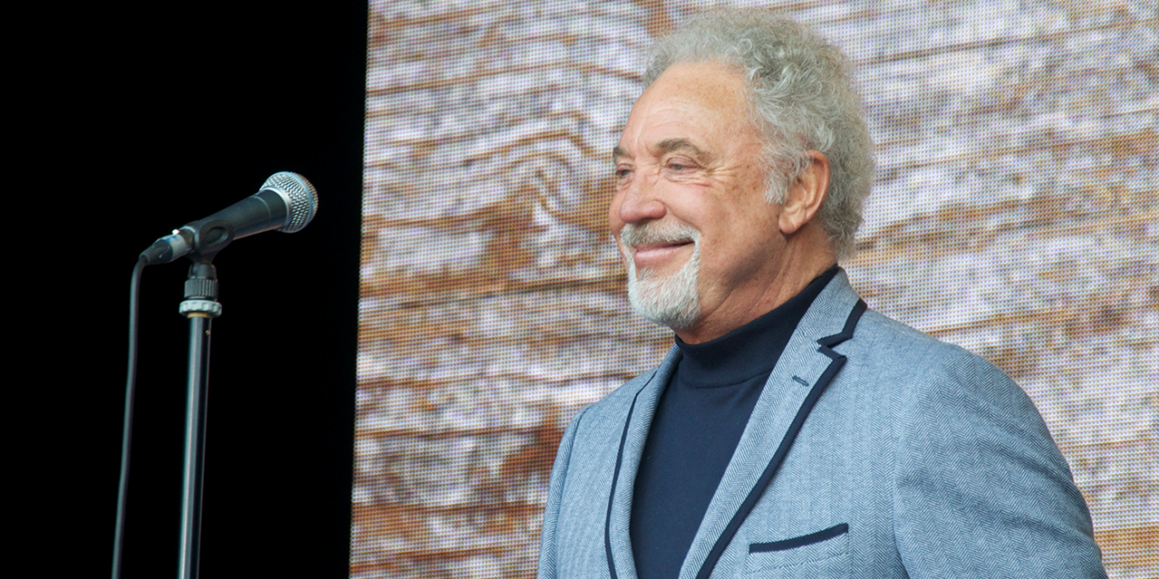 Sir Tom Jones defies the boycotters to perform in Israel