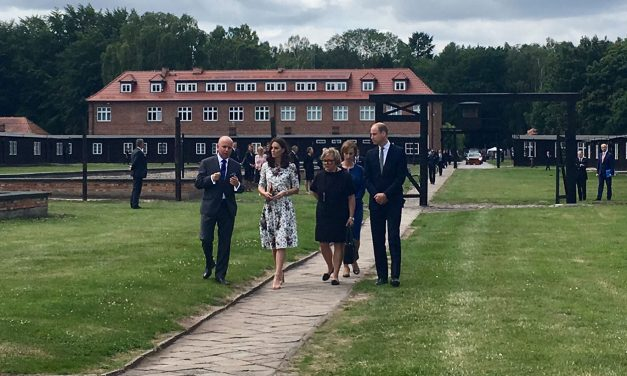 Duke and Dutchess of Cambridge pay respects to Holocaust victims in Poland