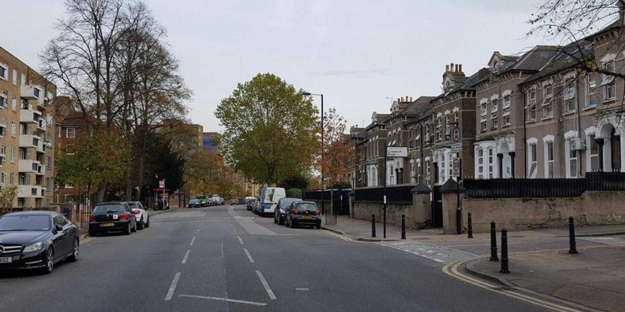 London man shouts anti-Semitic abuse at children outside Jewish school