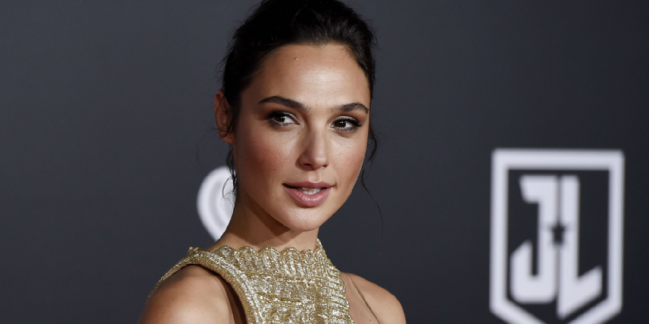 Palestinians and Lebanon ban 'Justice League' film over Israel's Gal Gadot
