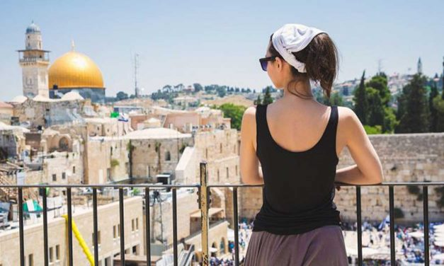 Record 4.1 million tourists visited Israel in 2018, mostly Christians