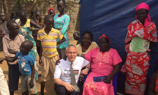 Israeli aid to South Sudan greeted with singing and dancing