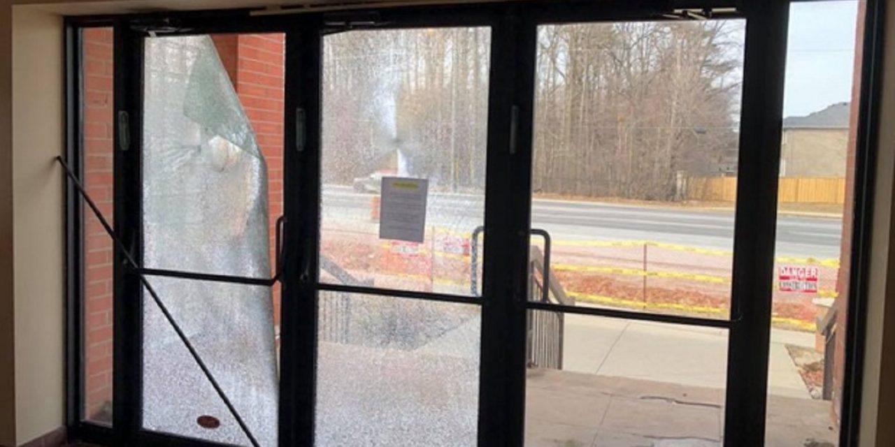 "Canada: Synagogue doors smashed with rocks is ""attack on Jewish community"""