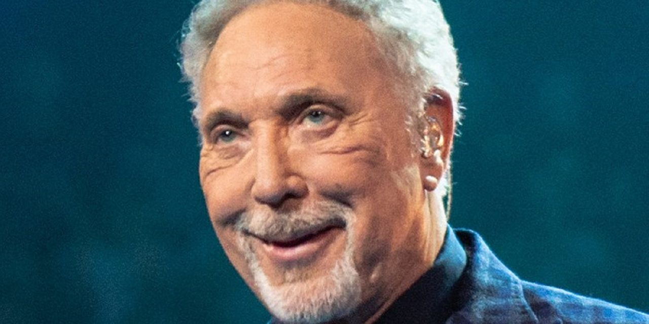 """What's new…BDS?"" Tom Jones to perform in Israel"