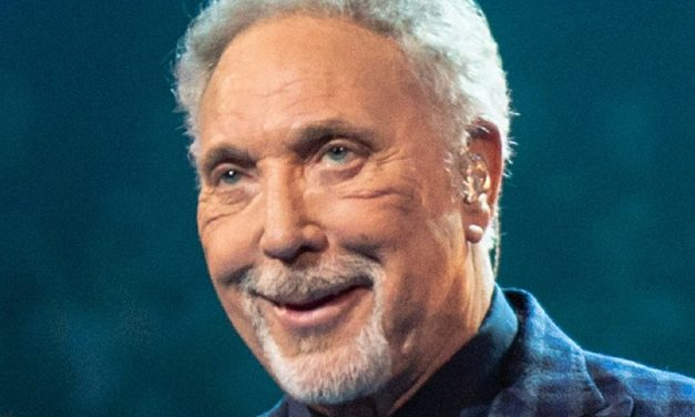 """""""What's new…BDS?"""" Tom Jones to perform in Israel"""