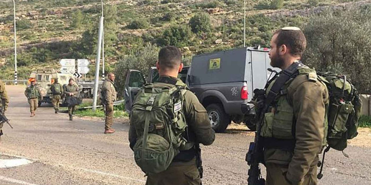 Israeli solder seriously injured in car ramming attack, two terrorists killed