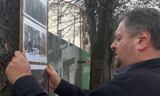 Belarus: Man fined for leaving flowers at mass grave of Holocaust victims