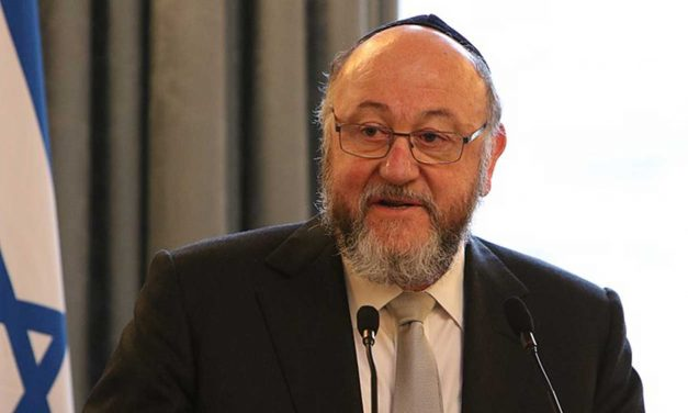 UK Chief Rabbi gives support for Holocaust Memorial outside Parliament
