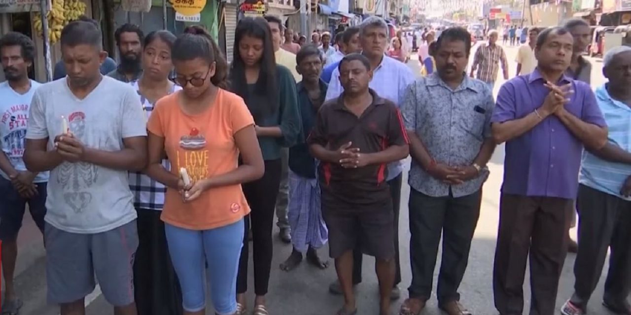 """Sri Lankan Christian leader calls on """"Christians around the globe"""" to pray for those grieving after terror attacks"""