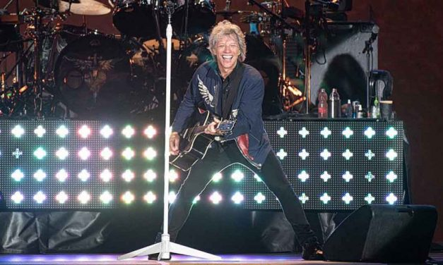 "Bon Jovi performs in Israel, tells boycotters ""I chose Israel – no one will cancel my show"""
