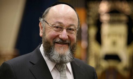 """UK Chief Rabbi urges Humanists: """"If you seek freedom, please don't attack our freedom to practice our faith"""""""