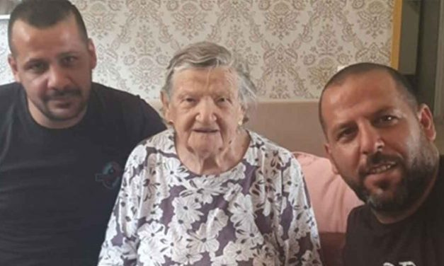 "Arab plumbers refuse to charge Israeli Holocaust survivor – ""Her life story touched my heart"""