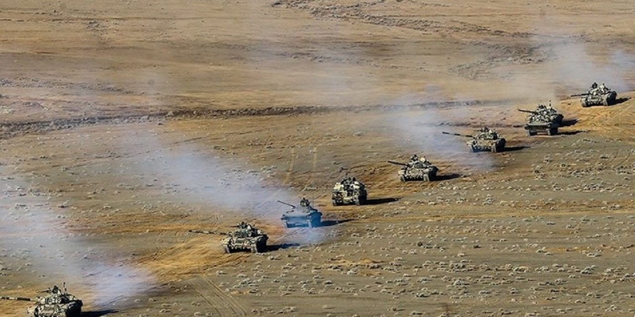 Iran holds surprise military drill near Turkey border