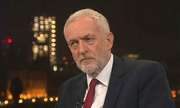 Jeremy Corbyn refuses to apologise to the Jewish community after Chief Rabbi warning