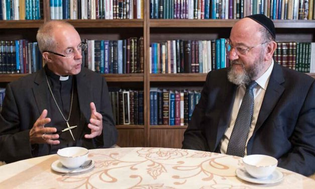 Church of England appears to back Chief Rabbi's stand against Labour's anti-Semitism
