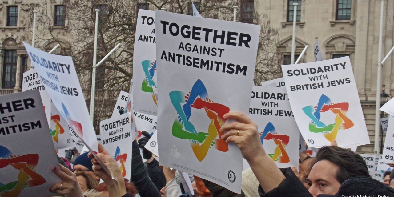 """Britain is better than this"" – Thousands rally outside Parliament in solidarity with British Jews"