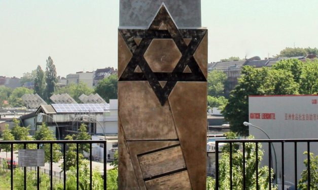 Berlin: Youths sexually assault man in anti-Semitic attack near Holocaust memorial