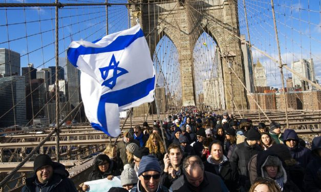 10,000 people march against anti-Semitism in New York City
