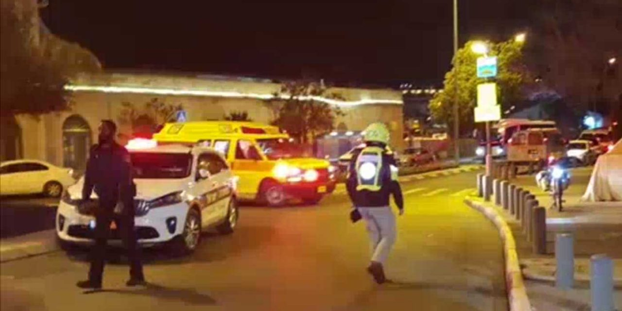 12 Israeli soldiers wounded, 1 seriously, by Palestinian terror car-ramming in Jerusalem