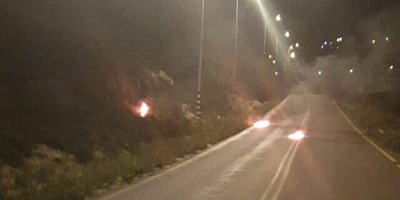 Israel: Border Police escape jeep struck by firebomb