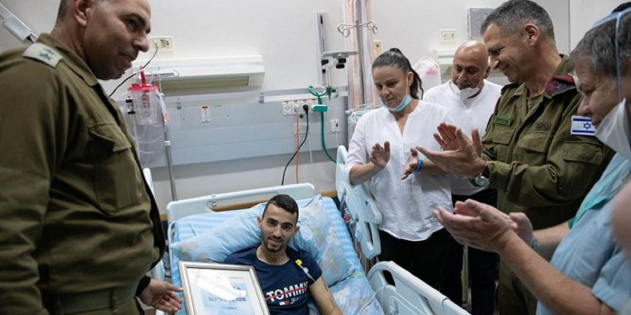 """Nothing will break me"" – Israeli soldier who lost leg after terror attack leaves hospital"