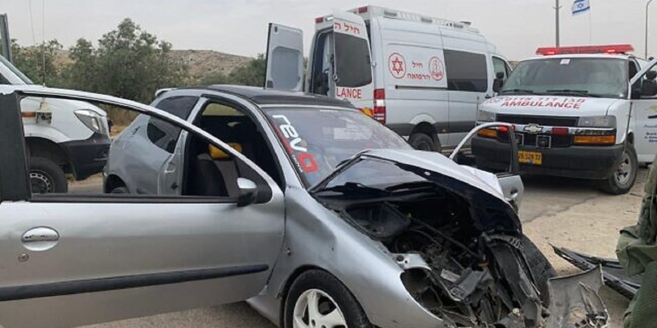 Israeli, 21, injured as Palestinian terrorist rams car into soldiers