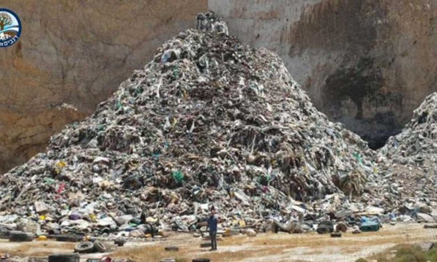 PA continues to illegally dump waste, exploiting furlough of Israeli inspectors