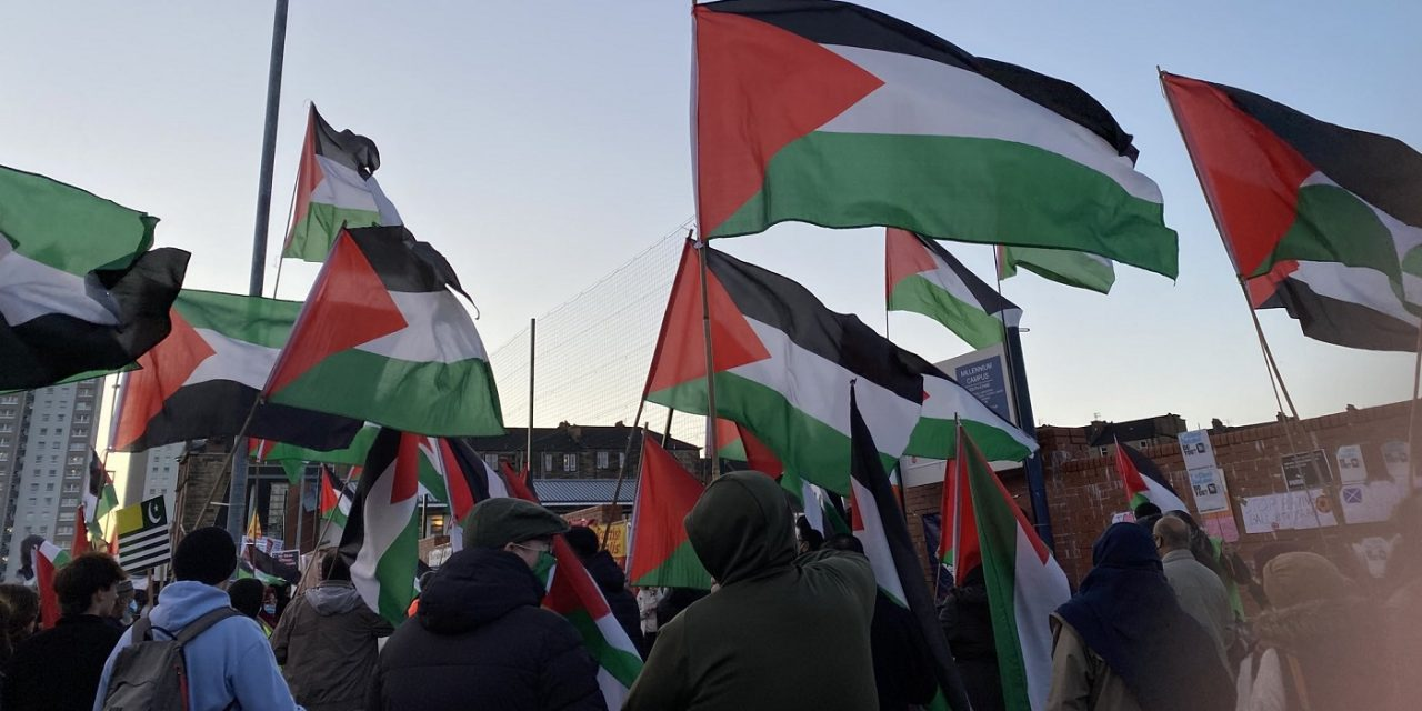 New IRA joins anti-Israel protest outside Scotland-Israel football match