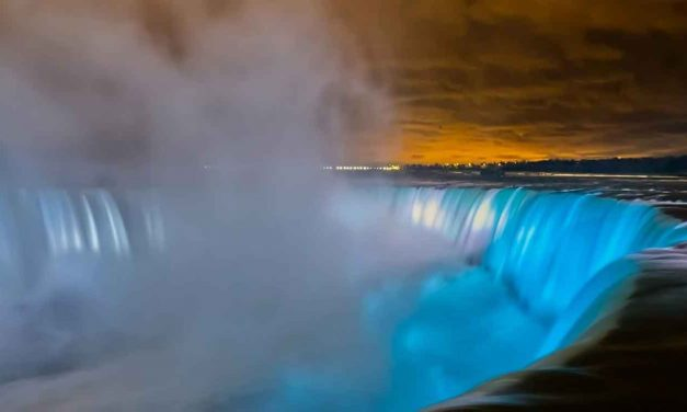 Niagara Falls lit in Israeli flag colours as Christians pray for Israel