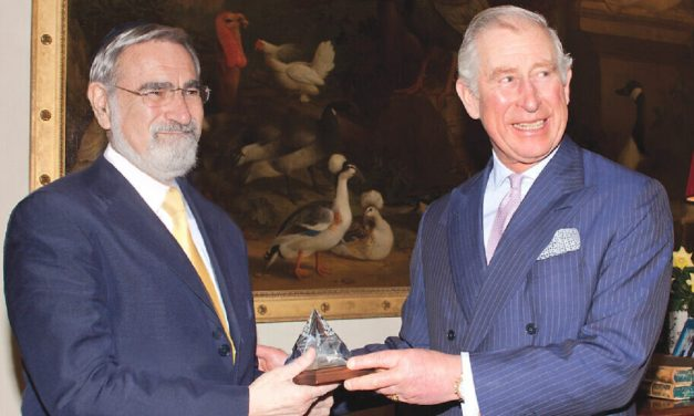 Prince Charles leads tributes to Rabbi Sacks during online remembrance event
