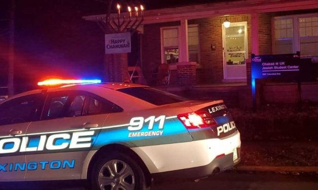 Man injured in anti-Semitic attack at public menorah-lighting in Kentucky